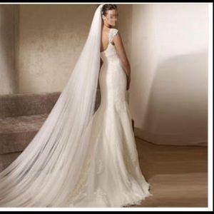cathedral 1 tier veil with comb